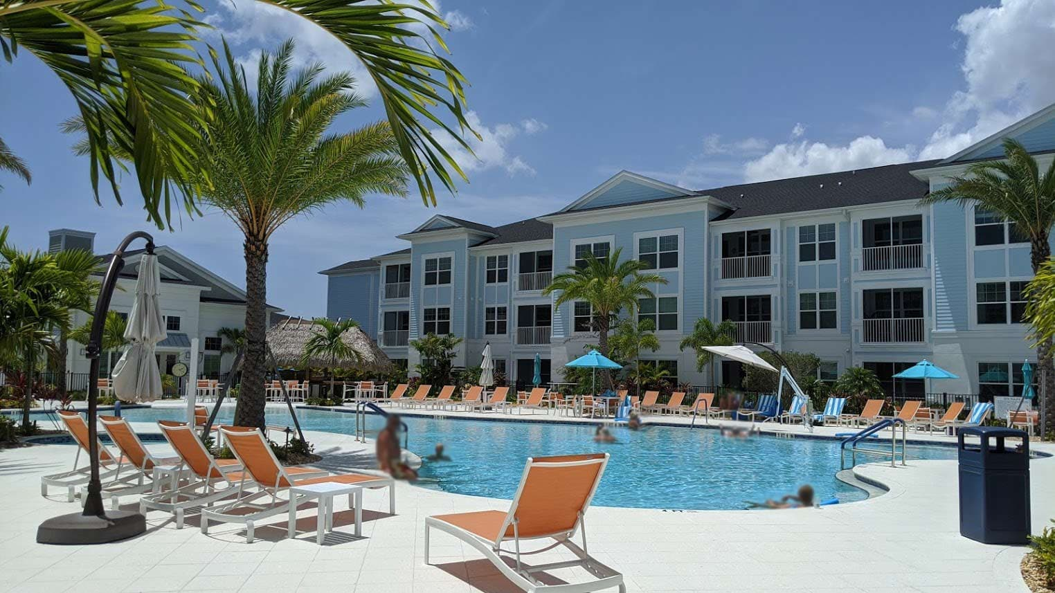 Floridian Club of Sarasota Pool Resort area with tiki bar